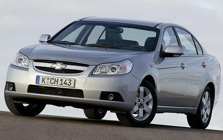 Ceny Chevroletu Epica v ČR: Šestiválec střední třídy za 569 tisíc