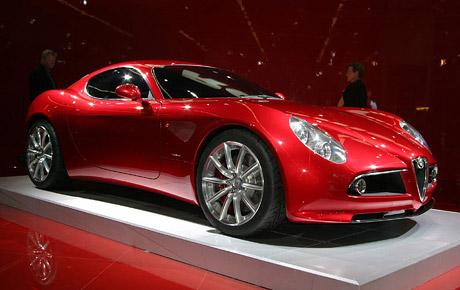 Alfa 8C Competizione se možná dočká výroby