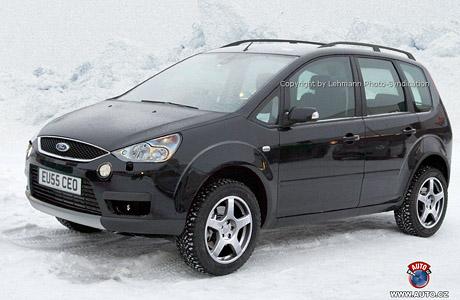 Spy photos: Ford Focus Cross-Max