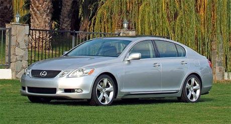 Lexus: nová strategie, nové motory pro GS