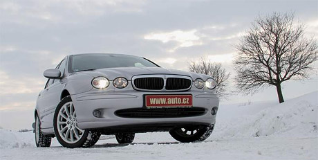 P��t� Jaguar X-Type nebude klasick� sedan