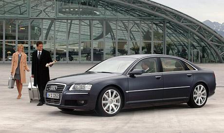 Třicet Audi A8 L W12 pro karlovarský filmový festival