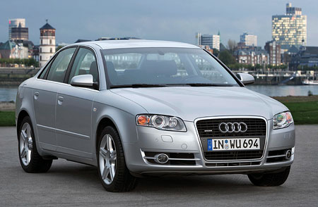 Silnější diesel 2.0 TDI a nové barvy pro Audi A4