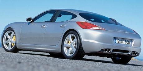 Spy Photos: Porsche Panamera v rouše vlčím