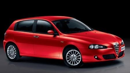 Alfa Romeo 147 Linea Rossa za 489.000,-Kč