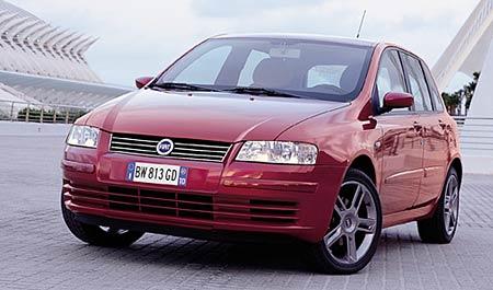 Fiat: Panda Active za 181.900,-Kč, Multipla za 385.000,-Kč