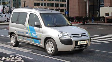 Citroën Berlingo Efficient-C: hybridní studie elektrodieselu