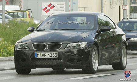 Spy Photos: Nové BMW M3 Coupé