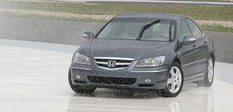 První jízdní dojmy: Honda Legend