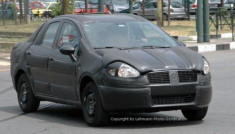 Spy Photos: Fiat Punto – také jako sedan se čtyřmi dveřmi