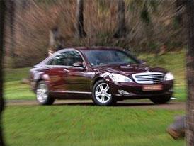 Mercedes-Benz má nový parkovací systém s radarem