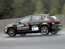 Seat León FR 2.0 TDI (125 kW): 10 000 km nonstop za 4,7 l