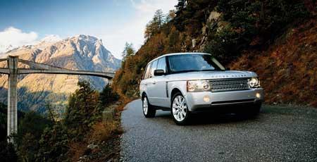 Detroit: přeplňovaný Range Rover !
