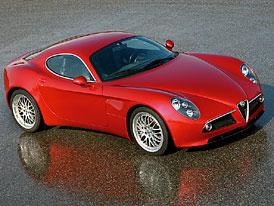 Pa��: Alfa Romeo 8c Competizione ofici�ln�!