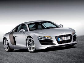 Paříž žive: Audi R8: sportem k vítězství