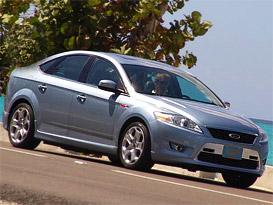 Ford Mondeo liftback: první foto (předpremiéra)