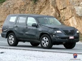Spy Photos: Nová Toyota Land Cruiser ve Španělsku