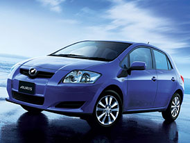 Toyota Auris full-hybrid se bude vyrábět ve Velké  Británii
