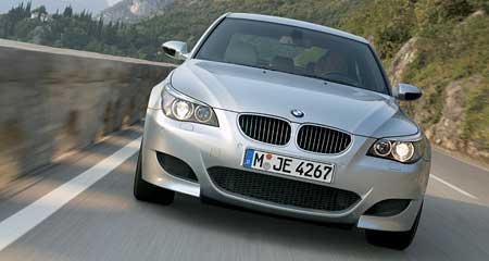 BMW M5: světová premiéra sériové M5 (foto, ceny, data)