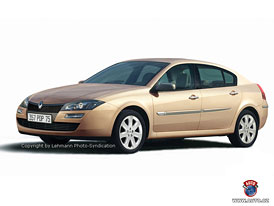 Spy Photos: Nov� Renault Laguna jako kombi i limuz�na
