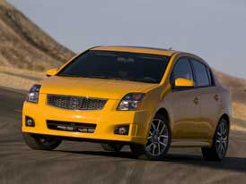 """Nissan Sentra SE-R – kompaktní a """"hot"""""""