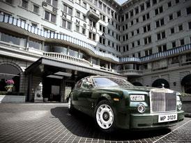 Hotel Peninsula Hong Kong koupil flotilu 14 vozů Rolls-Royce