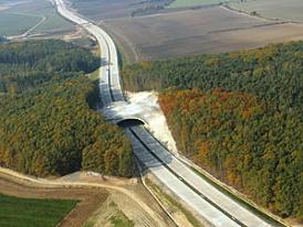 Dnes se otevírají další 42 km D11