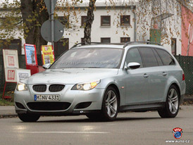 Spy Photos: BMW M5 Touring na Nürburgringu