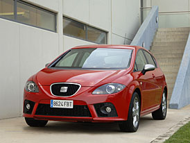 Seat León FR 2.0 TFSI DSG – více spojek, více emocí