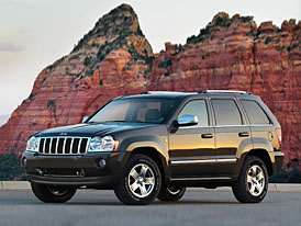 Jeep snížil ceny Commanderu a Grand Cherokee až o 100 tisíc Kč