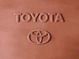 Toyota zvýší podíl ve Fuji Heavy Industries, která vyrábí vozy Subaru