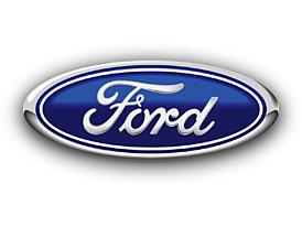 Ford v prvn�m �tvrtlet� v�razn� sn�il ztr�tu