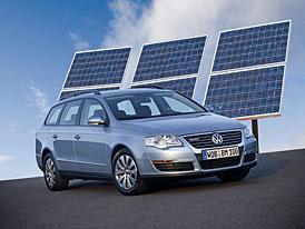 Ženeva živě: úsporný Volkswagen Passat BlueMotion