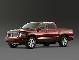 Dodge Dakota 2008: výkonnější, praktičtější, úspornější