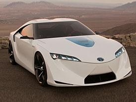 Toyota přijede do Ženevy se dvěma hybridy