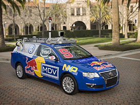 DARPA Challenge 2007: automobily bez řidiče budou letos soutěžit ve městě