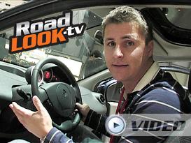 Ženeva 2007: Audi A5, Roomster Scout, modelky (Video)