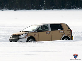 Spy Photos: Nová Toyota Corolla Verso