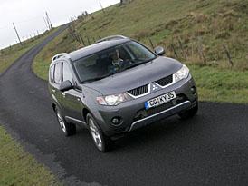 Mitsubishi Outlander 2008: dva nové motory