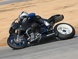 BMW R1200S Sportboxer: závodní stroj pro Le Mans