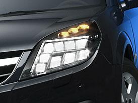 Hella: Vylepšená technika LED pro zadní a především přední světla automobilů