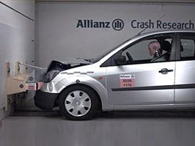 Testy Allianz: na náraznících automobilky šetří