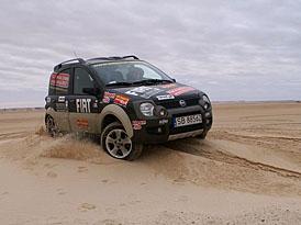 Fiat Panda Cross 4x4 napříč Afrikou v poločase