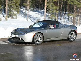 Spy Photos: I Tesla Roadster absolvuje náročné zimní testy za polárním kruhem