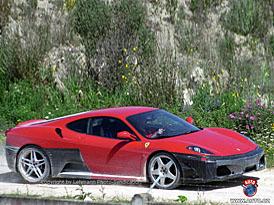Spy Photos: Ferrari F430 Challenge Stradale – ať se práší za kočárem