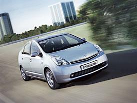 Toyota prodala milion hybridních automobilů