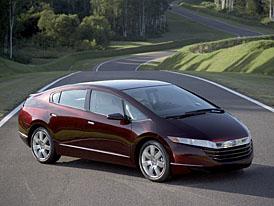 Honda uvede v roce 2009 na trh levný hybridní model, v hledáčku je Prius
