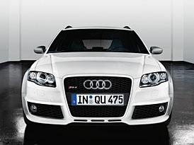Audi vylepšuje RS4 dvěma novými balíčky: Phantom Black a Ibis White