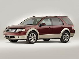 Ford Taurus X 2008: americký scout