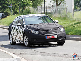 Spy Photos: nový Chevrolet Nubira na Nürburgringu